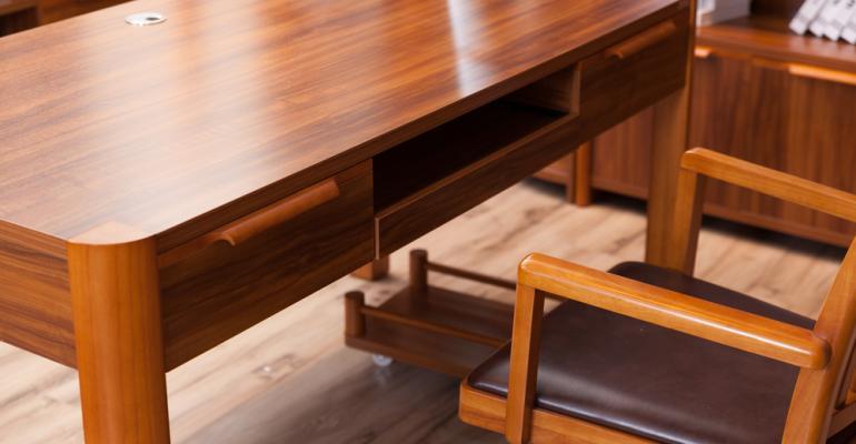 acabamento-madeira-macica-formobile